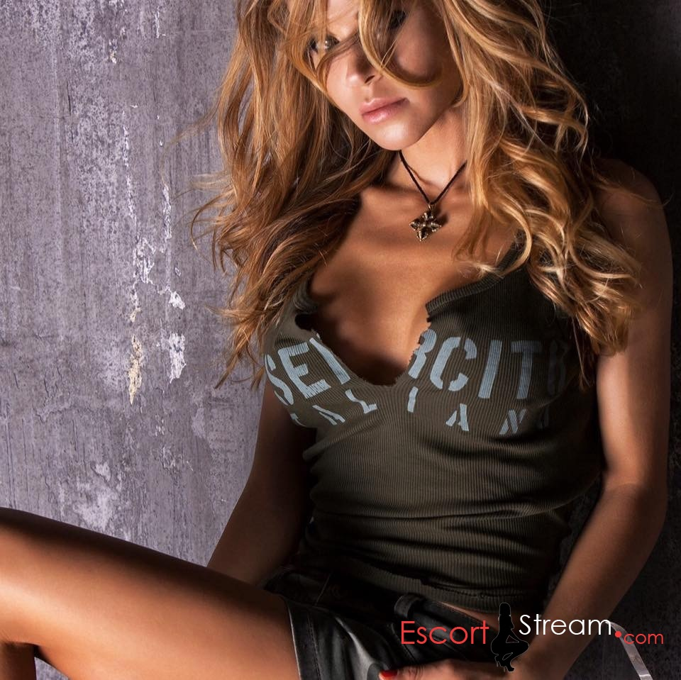 EscortStream
